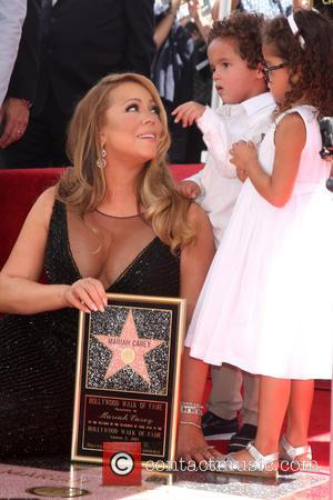 Mariah Carey Honoured With Hollywood Walk Of Fame Star