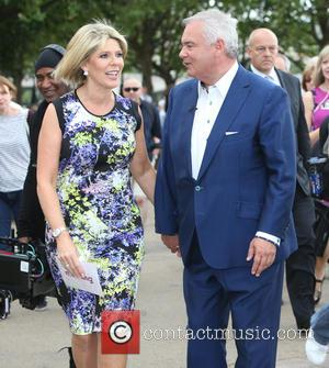 Eamonn Holmes , Ruth Langsford - Eamonn Holmes and Ruth Langsford outside filming on the Southbank - London, United Kingdom...