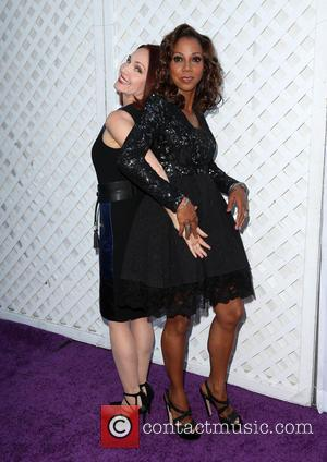 Amy Yasbeck , Holly Robinson Peete - HollyRod Foundation's 17th Annual DesignCare Gala - Arrivals at The Lot Studios -...