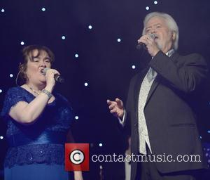 Susan Boyle , Merrill Osmond - Susan Boyle and Merrill Osmond peform a duet at the Hearing Fund UK Gala...