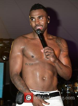 Jason Derulo - VH1 Save The Music Foundation's 'Hamptons Live' Benefit at private residence of Julie and William Macklowe -...