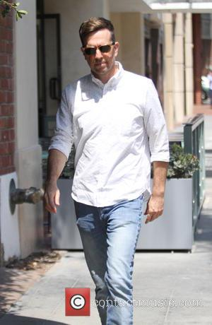 Ed Helms - Ed Helms goes shopping in Beverly Hills - Beverly Hills, California, United States - Tuesday 11th August...