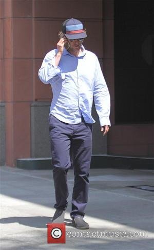 Owen Wilson - Owen Wilson goes to the doctors office in Beverly Hills - Beverly Hills, California, United States -...
