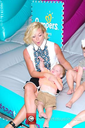 Jane Krakowski - Jane Krakowski attends pampers cruisers #SagToTag tour - NY, New York, United States - Thursday 13th August...