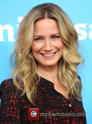 Jennifer Nettles - Celebrities attend 2015 NBCUniversal's press tour at the Beverly Hilton Hotel. at Beverly Hilton Hotel - Los...