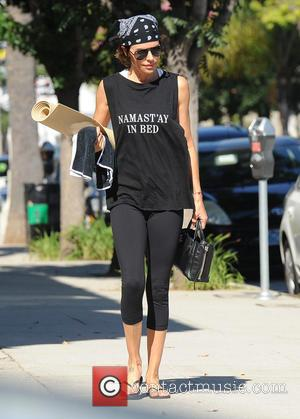 Lisa Rinna - Lisa Rinna leaves her yoga class - Los Angeles, California, United States - Thursday 13th August 2015