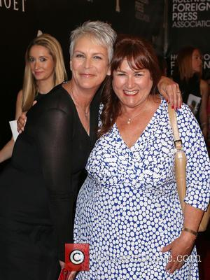 Jamie Lee Curtis , Heidi Shafer - The Hollywood Foreign Press Association's Grants Banquet at The Beverly Wilshire Hotel -...