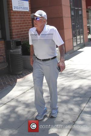 James Caan - James Caan wearing blue mirrored sunglasses goes out and about in Beverly Hills running errands - Los...