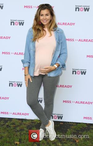 Imogen Thomas - Miss You Already Pink Picnic at Manchester Square Gardens, London at Manchester Square Gardens - London, United...