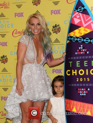 Britney Spears , Maddie Briann Aldridge - Teen Choice Awards 2015 - Press Room at Galen Center - Los Angeles,...