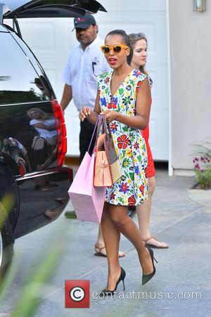 Kerry Washington - Celebrities visiting a gifting suite in Brentwood - Los Angeles, California, United States - Monday 17th August...