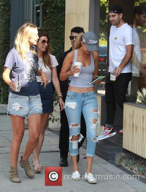 Joe Jonas , Gigi Hadid - Joe Jonas and Gigi Hadid were shopping in Beverly Hills - Beverly Hills, California,...