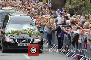 Cilla Black's funeral cortege - The Funeral of Cilla Black at St Mary's Church - Liverpool, United Kingdom - Thursday...