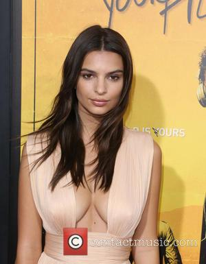 Emily Ratajkowski - Los Angeles Premiere of Warner Bros. Pictures' 'We Are Your Friends' at TCL Chinese Theatre - Arrivals...