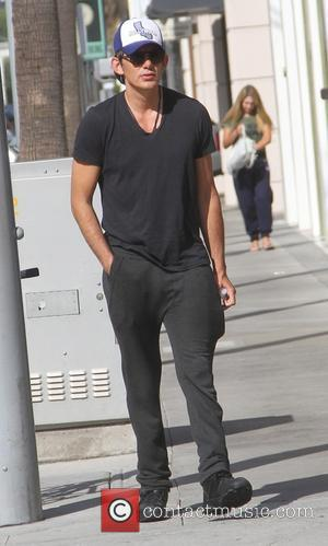 Lukas Haas - Lukas Haas shops with a friend in Beverly Hills - Los Angeles, California, United States - Friday...
