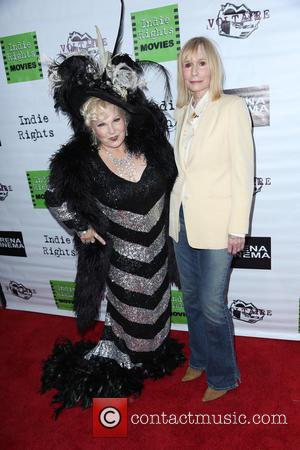 Sally Kellerman and Victoria Mills