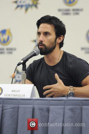 Milo Ventimiglia - Wizard World Comic Con Chicago 2015 - Day 2 - Inside at Donald E. Stephens Convention Center,...