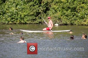 Atmosphere , View - London enjoys the warm weather at Hampstead Heath - London, United Kingdom - Saturday 22nd August...