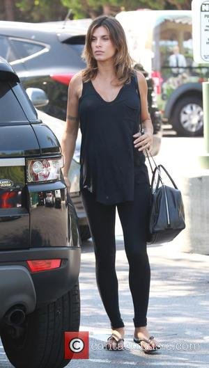 Elisabetta Canalis - Pregnant and make up free, Elisabetta Canalis shopping at Bristol Farms in Beverly Hills at Bristol Farms...