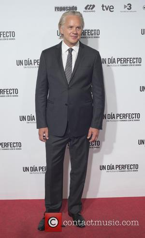 Tim Robbins - 'A Perfect Day' premiere at the Palafox cinema in Madrid - Arrivals - Madrid, Spain - Tuesday...