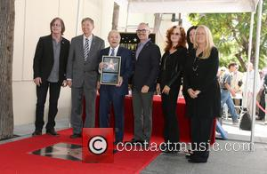 Jackson Browne, Leron Gubler, Joe Smith, Mitch O'farrell, Bonnie Raitt and Maureen Schultz