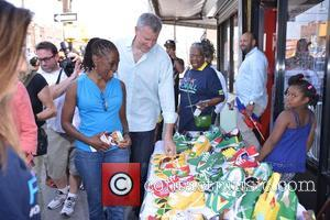 MAYOR DE BLASIO , FIRST LADY CHIRLANE MCCRAY - Mayor De Blasio, First Lady Chirlane Mccray and Administration Leaders fan...