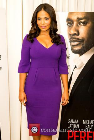Sanaa Lathan - 'The Perfect Guy' photocall and signing at SLS Hotel - Los Angeles, California, United States - Saturday...