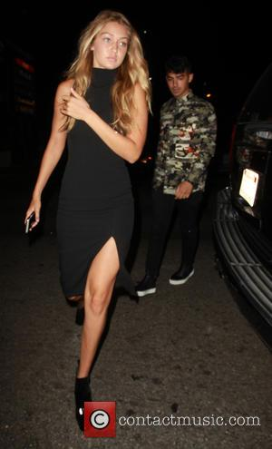 Joe Jonas , Gigi Hadid - Gigi Hadid and Joe Jonas arrive at Toca Madera in West Hollywood to have...