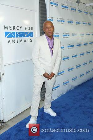 Russell Simmons - Mercy For Animals Hidden Heroes Gala - Arrivals - Los Angeles, California, United States - Saturday 29th...