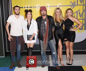 Tish Cyrus, Braison Cyrus, Noah Cyrus, Billy Ray Cyrus , Brandi Cyrus - 2015 MTV Video Music Awards (VMA's) at...