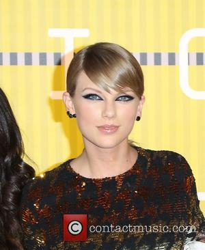 Taylor Swift - 2015 MTV Video Music Awards (VMA's) at the Microsoft Theater - Arrivals at Microsoft Theater - Los...