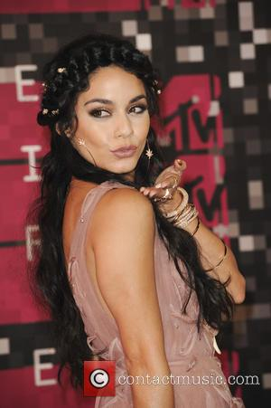Vanessa Hudgens - 2015 MTV Video Music Awards (VMA's) at the Microsoft Theater - Arrivals - Los Angeles, California, United...