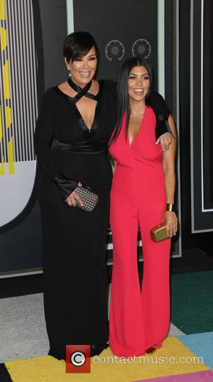 Kris Jenner , Kourtney Kardashian - 2015 MTV Video Music Awards (VMA's) at the Microsoft Theater - Arrivals at Microsoft...