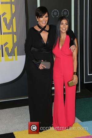 Kris Jenner , Kourtney Kardashian - Celebrities attend 2015 MTV Video Music Awards at Microsoft Theater. at Microsoft Theater -...