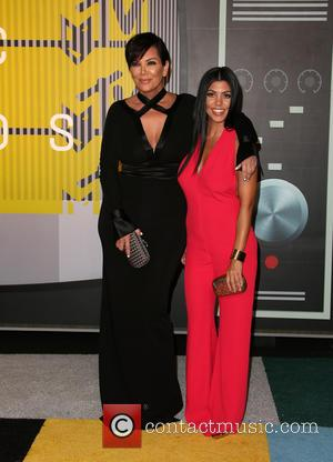 Kris Jenner , Kourtney Kardashian - The 2015 MTV Video Music Awards at The Microsoft Theater at L.A. Live -...