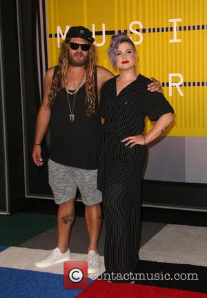 Kelly Osbourne , Luke Trembath - The 2015 MTV Video Music Awards at The Microsoft Theater at L.A. Live -...