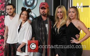 Braison Cyrus, Noah Cyrus, Billy Ray Cyrus, Tish Cyrus and Brandi Cyrus