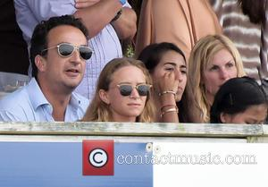 Oliver Sarkozy and Mary Kate Olsen