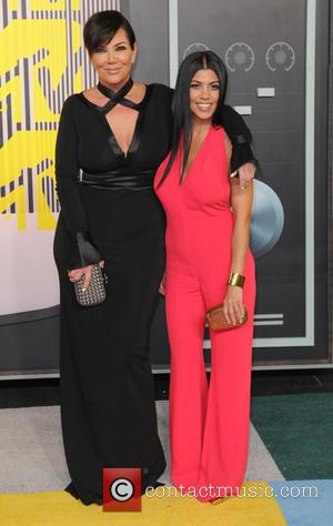 Kris Jenner , Kourtney Kardashian - 2015 MTV Video Music Awards (VMA's) at the Microsoft Theater - Arrivals - Los...