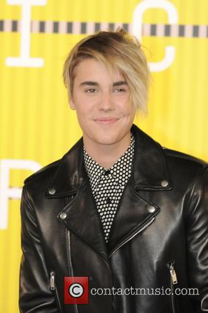 Justin Bieber Makes History After Landing His First U.s. Chart-topper