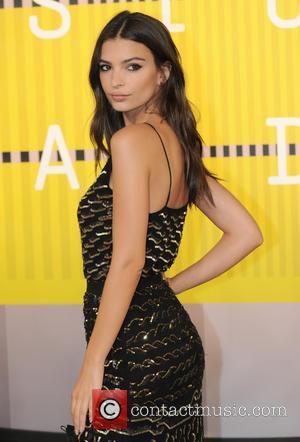 Emily Ratajkowski - 2015 MTV Video Music Awards (VMA's) at the Microsoft Theater - Arrivals - Los Angeles, California, United...