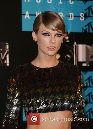Taylor Swift - 2015 MTV Video Music Awards (VMA's) at the Microsoft Theater - Arrivals at The Microsoft Theater at...