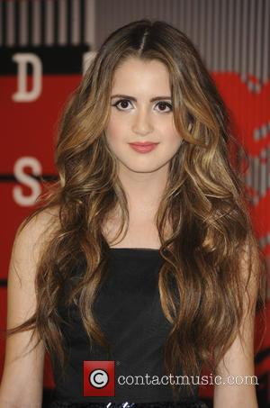 Laura Marano - The MTV Video Music Awards 2015 Arrivals - Los Angeles, California, United States - Monday 31st August...
