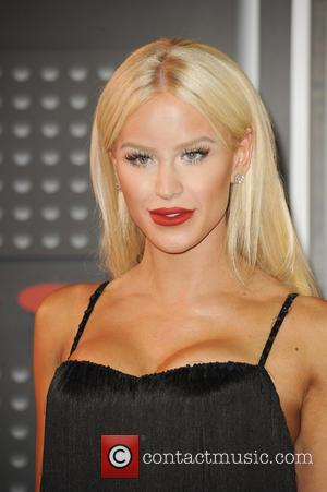 Gigi Gorgeous - The MTV Video Music Awards 2015 Arrivals - Los Angeles, California, United States - Monday 31st August...