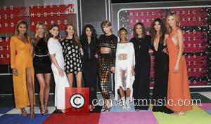 Gigi Hadid, Martha Hunt, Hailee Steinfeld, Cara Delevingne, Selena Gomez, Taylor Swift, Serayah, Mariska Hargitay, Lily Aldridge and Karlie Kloss