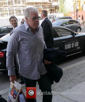 Ron Perlman - Ron Pearlman arrives with Souveniers at his hotel - Berlin, Germany - Tuesday 1st September 2015