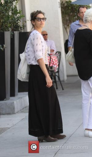 Amanda Peet - Amanda Peet shopping in Beverly Hills at Beverly Hills - Los Angeles, California, United States - Thursday...