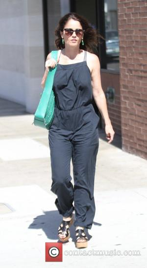 Robin Tunney - Robin Tunney out and about in Beverly Hills at Beverly Hills - Los Angeles, California, United States...