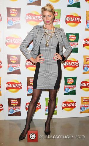 Jodie Kidd - Walkers Bring it Back Launch at Vinopolis at Vinopolis - London, United Kingdom - Thursday 3rd September...