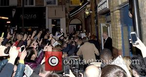 Nicole Kidman , Atmosphere - Nicole Kidman signs autographs after her appearance in 'Photograph 51' at Noel Coward Theatre -...